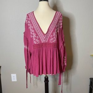 American Eagle Outfitters Tops - American Eagle Embroidered Peasant Top NWT Sz XL